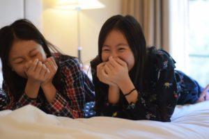 大笑い姉妹